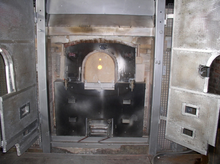 Electric pot furnace