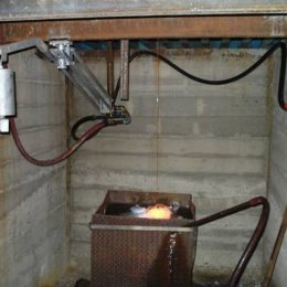 Day Tank Furnace Glass Draining System